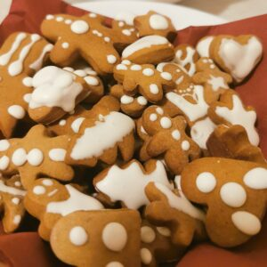 icelandic christmas food - photograph of homemade gingerbread biscuits.